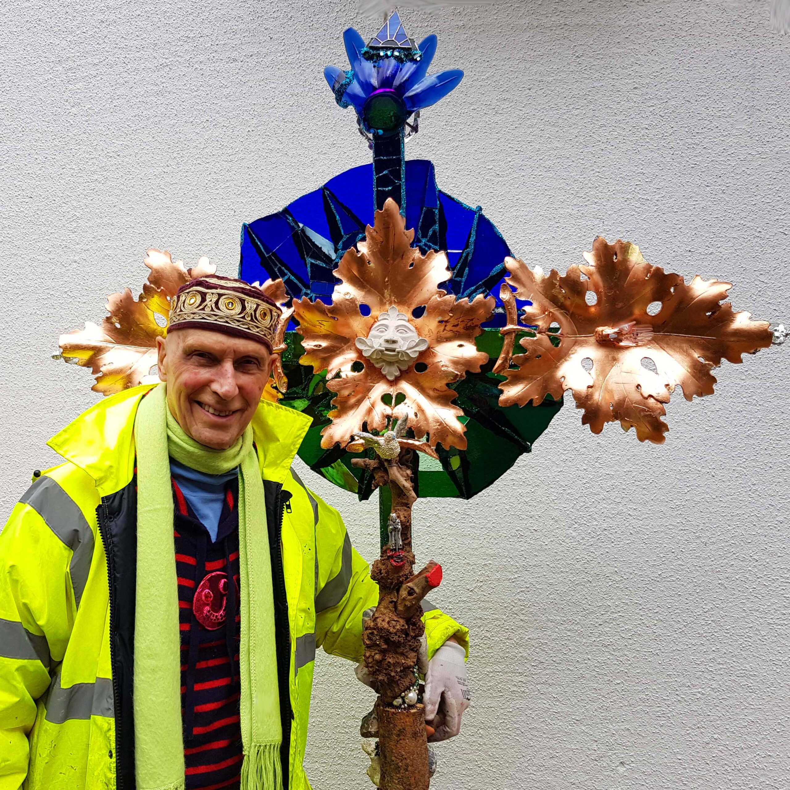 Sculptor Creates Commemorative Cross for St David's Cathedral
